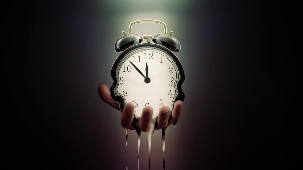 時間の浪費に気づいたほうがいい話【浪費はお金だけじゃない】   ミニマリストあつしのブログ